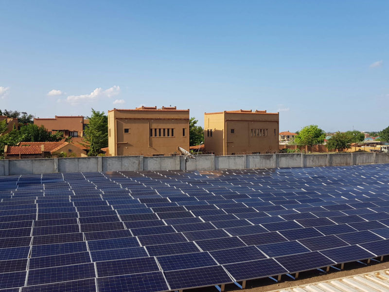 240 kW + 290 kWh off-grid solar-diesel hybrid plant at housing and office compound | South Sudan